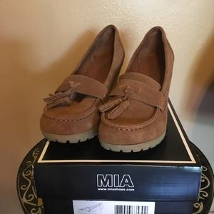 Mia Light Brown Suede Wedge Loafer